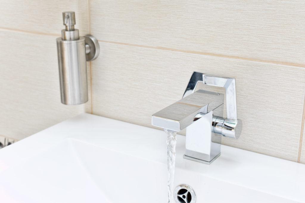 I consigli per scegliere i rubinetti ideali del bagno ville casali - Rubinetti bagno vintage ...