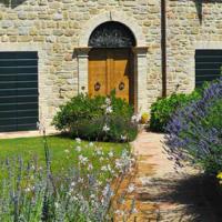Il garden design in una villa a Camerino