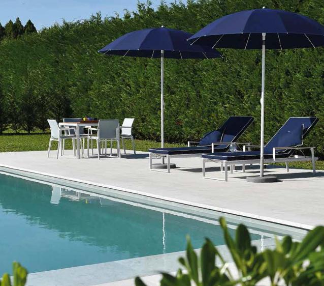 La piscina nell 39 outdoor di casa i migliori progetti in for Accessori per piscine