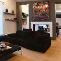 Modernità, eleganza e luce naturale: il restyle di un attico a Milano