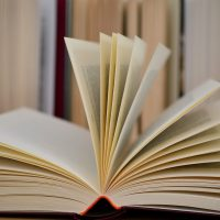 Letture per l'estate: i consigli del mese di Ville&Casali