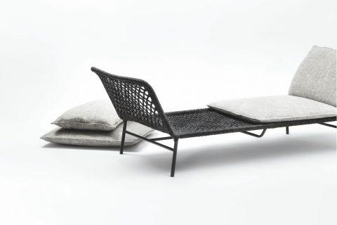 La coppia italo giapponese di Mist-o (formata da Noa Ikeuchi e Tommaso Nani) disegna il daybed Daydream. Leggero e versatile si caratterizza per la struttura intrecciata a mano pensata per ospitare eleganti e confortevoli cuscini.