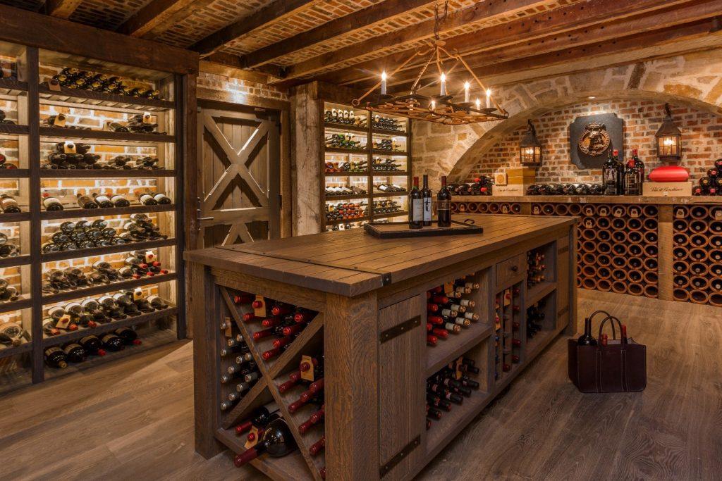 Come allestire la cantina per il vino ville casali for Arredare una cantina