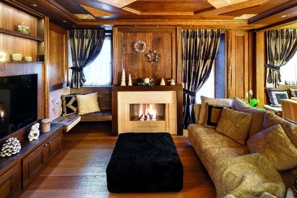 Decorazioni Casa In Montagna : Una casa in montagna ristrutturata tra stile tradizionale e tocchi
