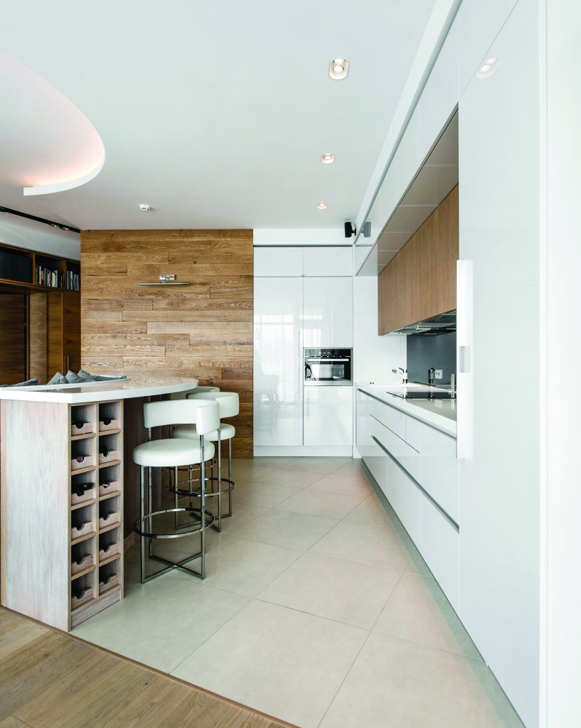 Illuminazione Piano Lavoro Cucina in cucina: l'armonia tra quantità e qualità della luce