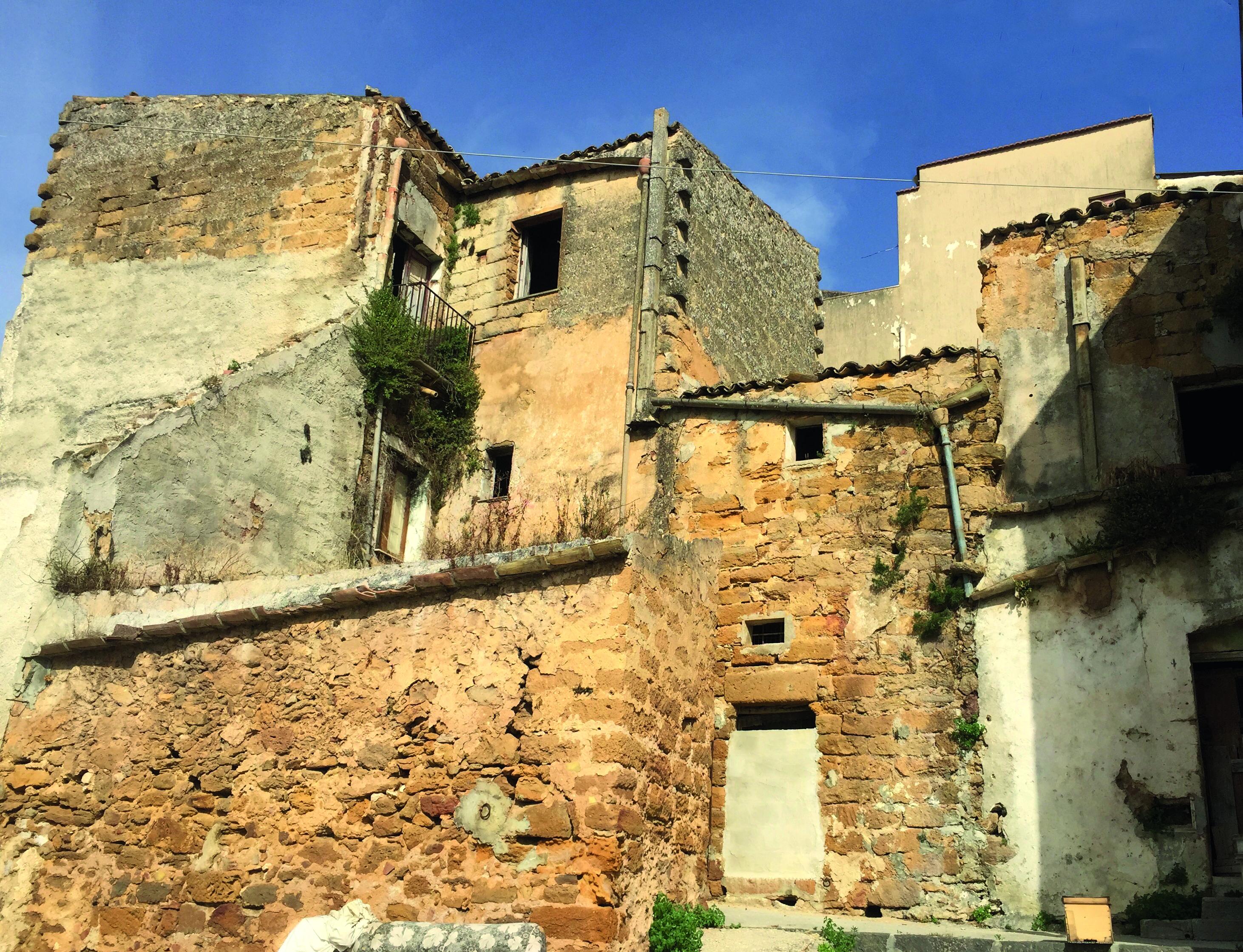 Prezzo Medio Ristrutturazione Al Mq case a 1 euro? un affare - ville&casali