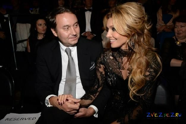 Анжелика Агурбаш с женихом на шоу Юдашкина