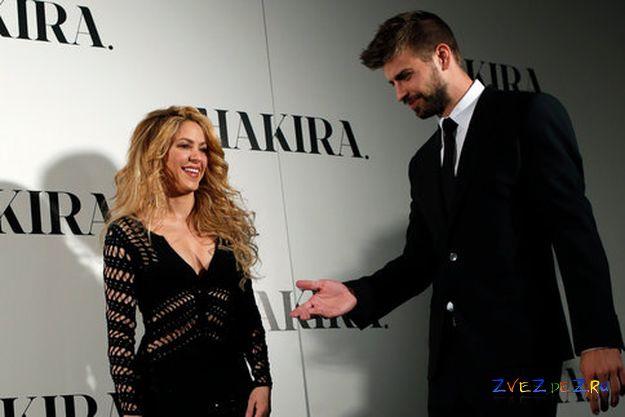 Шакира не отпускает мужа в «Манчестер Юнайтед»