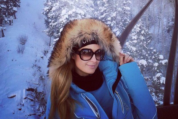 Пэрис Хилтон отправилась покататься на лыжах в Аспен