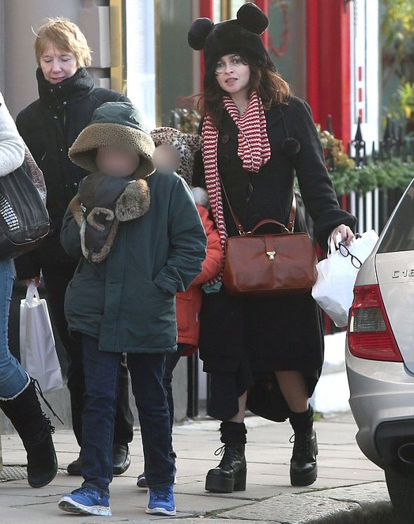 Хелена Бонем Картер с дочерью и сыном
