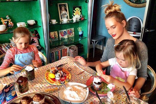 Глюкоза вместе с дочерьми
