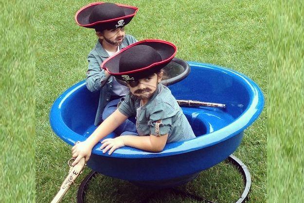 Селин Дион показала смешное фото сыновей