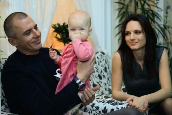 Игорь Петренко с Кристиной Бродской и дочкой Софией