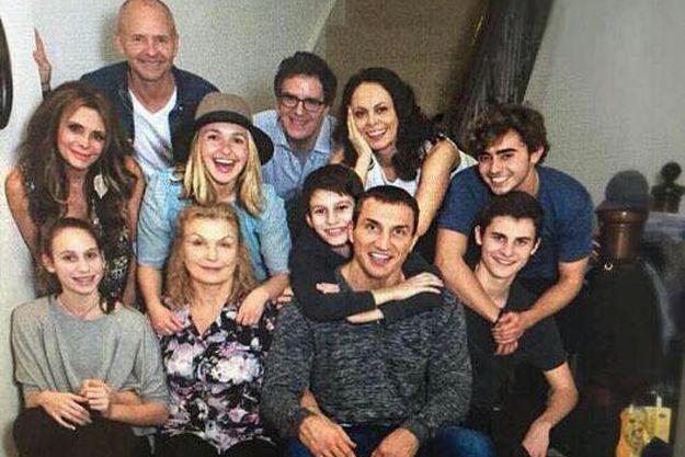 Владимир Кличко опубликовал фото своей большой семьи