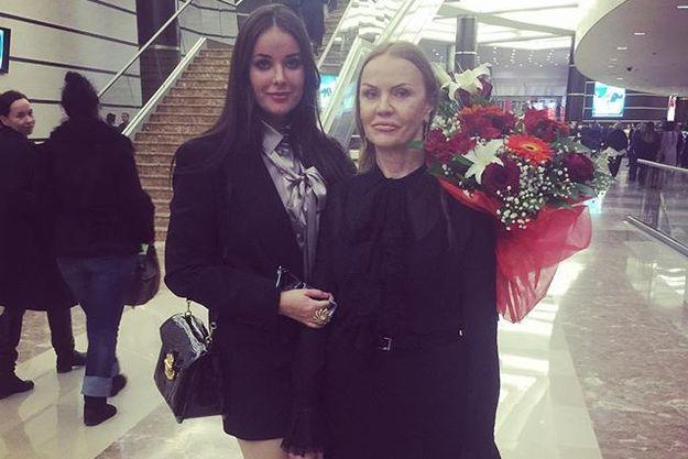 Фото матери Оксаны Федоровой шокировало фанатов