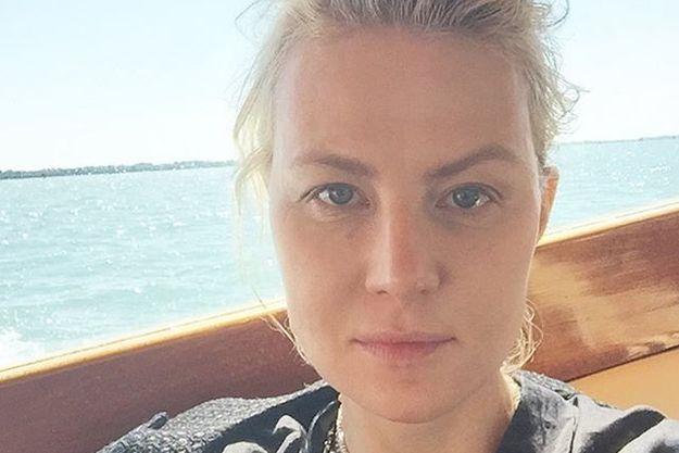 Рената Литвинова поразила селфи без макияжа
