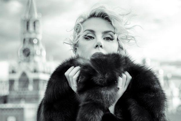 Рената Литвинова преподнесла оригинальный подарок Земфире