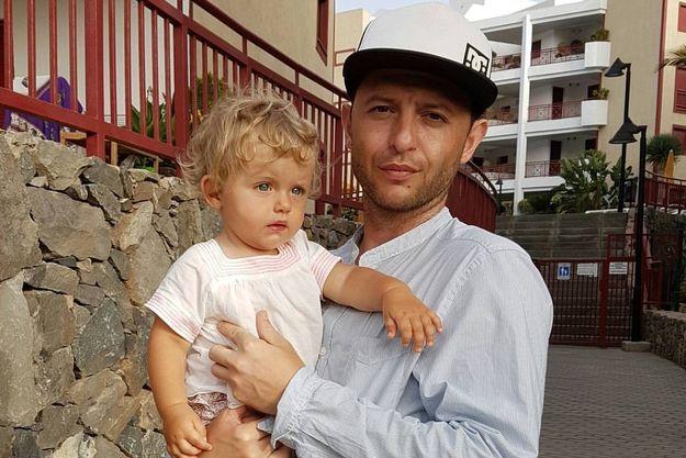 Рома Зверь впервые показал младшую дочку Зою