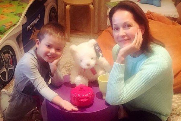 Ольга Кабо показала подросшего сына