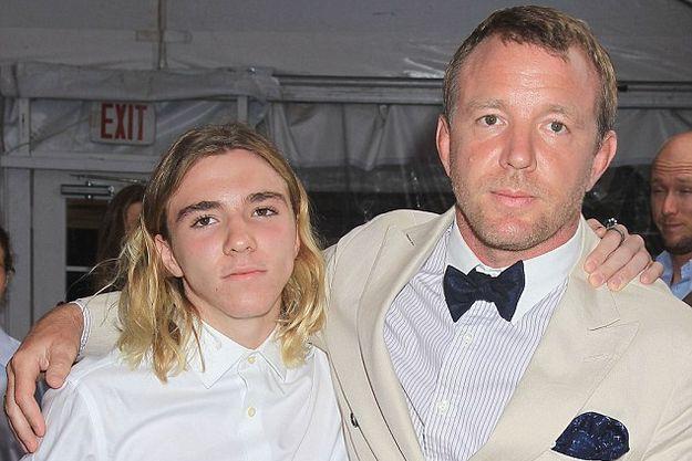 Сын Мадонны Рокко будет жить с отцом в Лондоне