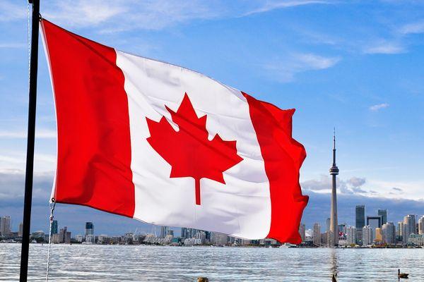 Кто ездит в Канаду