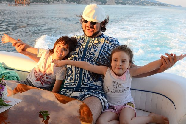Филипп Киркоров с детьми отдыхает в Крыму