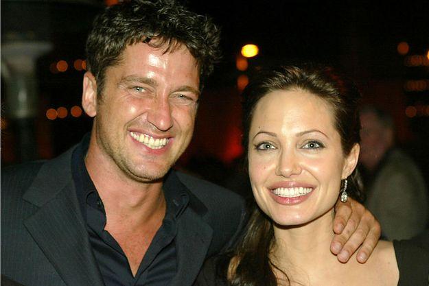 Анджелина Джоли и Дженнифер Энистон: кто целуется лучше?