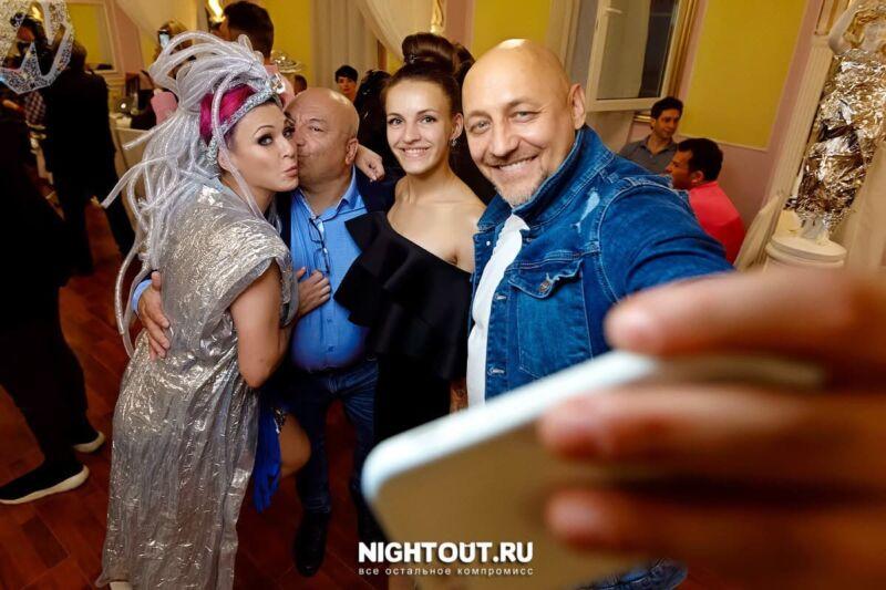 Москва космически отметила День рождения актрисы Гульнары Нижинской