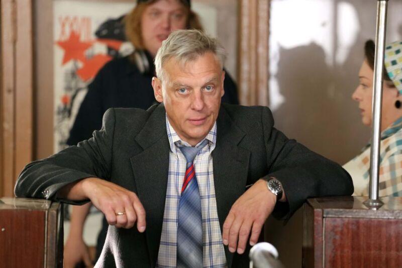 Сын Александра Половцева вынужден снимать квартиру и работать у матери