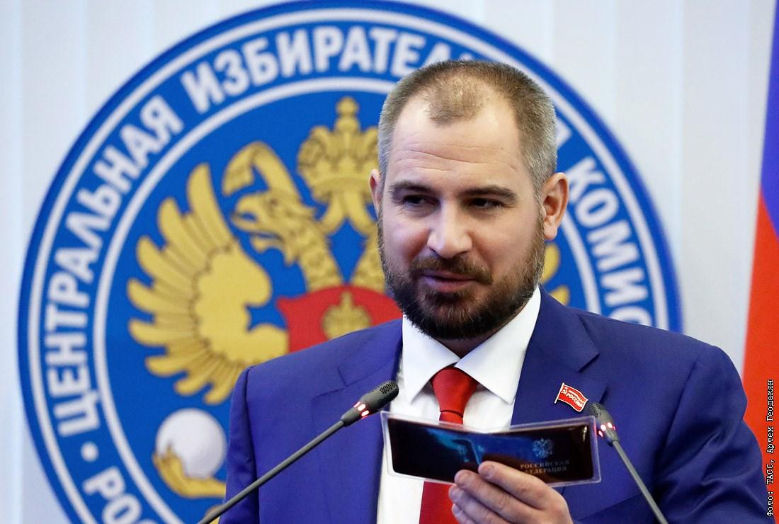 Основатели «Коммунистов России» заявили о расколе в партии из-за действий Максима Сурайкина