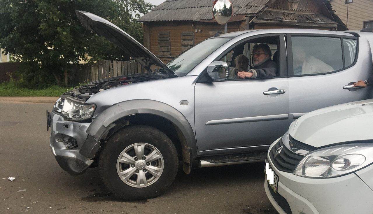Александр Ширвиндт устроил в Валдае ДТП