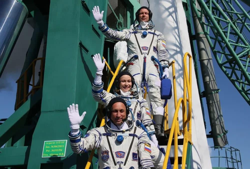 «Новым было все»: Юлия Пересильд поделилась первыми впечатлениями на борту МКС